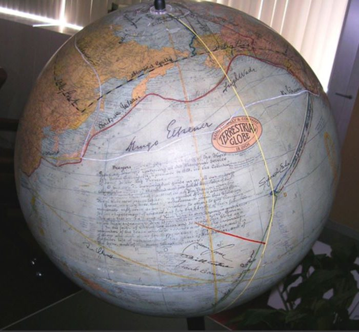 AGS Fliers and Explorers Globe
